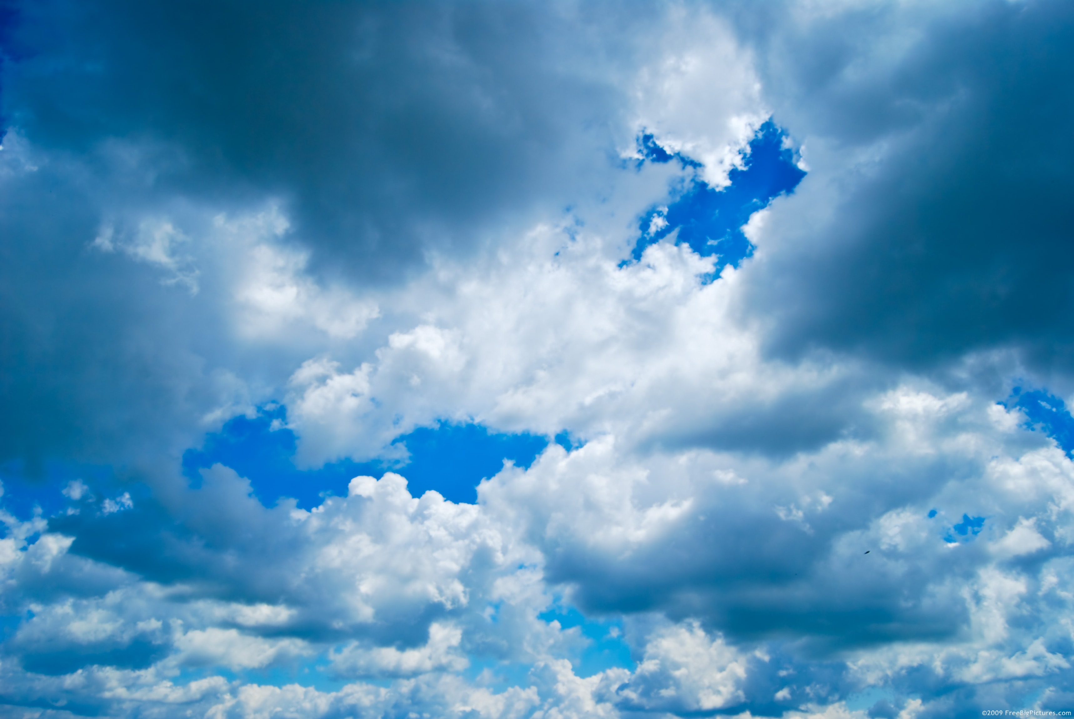 High Resolution Pictures: Cloud Cumulus is a free photo