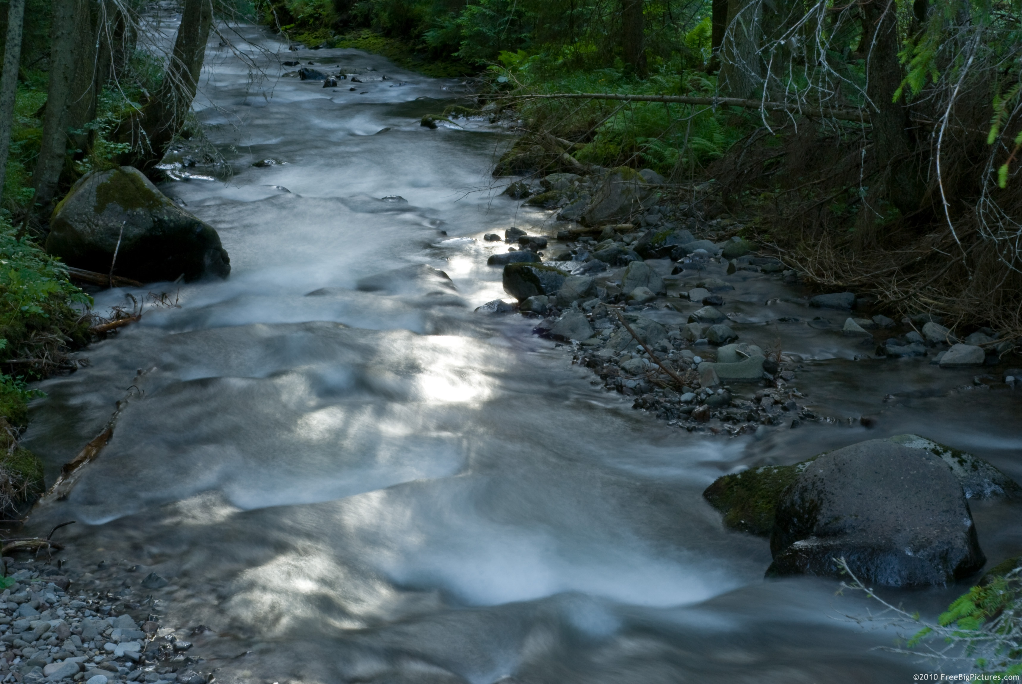 Picture of the fast flow of a river