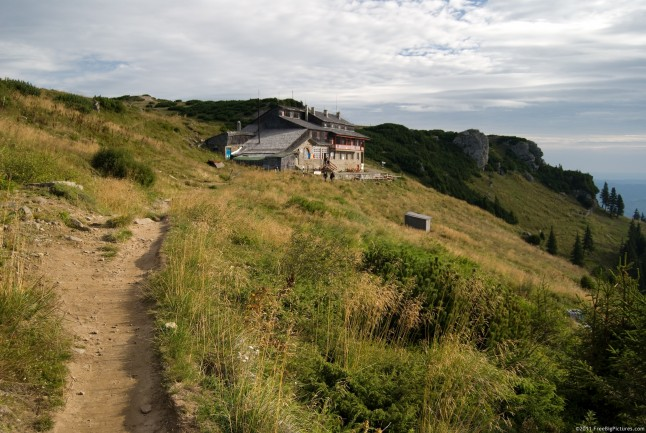 A route to the Dochia Hut, on the Ceahlau Plateau