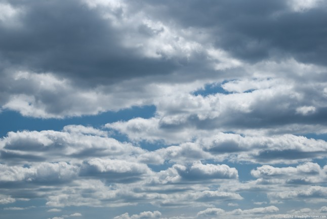 Cumulus humilis clouds have small and medium sizes. Generally are considered as announcing the beautiful weather.